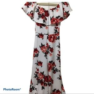 Gorgeous new almost famous floral med jump suit